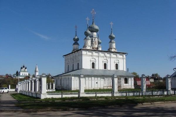 Петропавловская и Никольская церкви